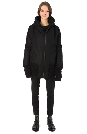 ZIPPED HOODED COAT -40%