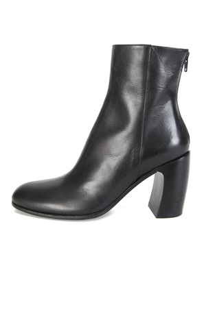 LEATHER ANKLE BOOTS - 40%
