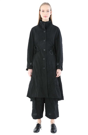 OVERCOAT WITH CRUSHED FABRIC