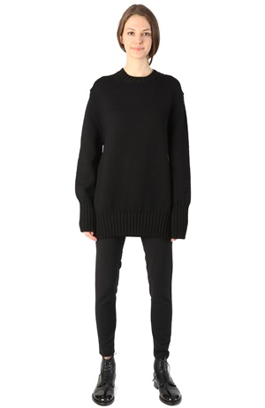 ROUND NECK WOOL JUMPER