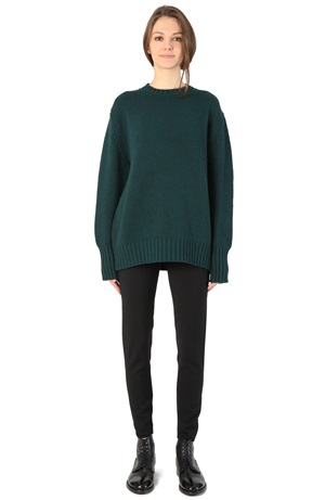 OVERSIZE ROUNDNECK HOLLY