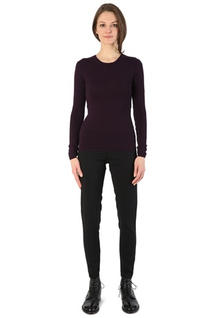 ROUND NECK CASHMERE TEE BLACKCURRANT