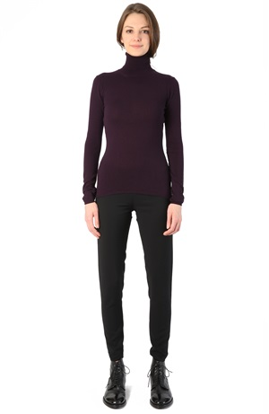 TURTLENECK CASHMERE TEE BLACKCURRANT
